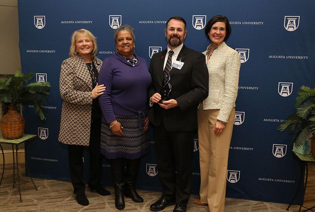 Pat Sodomka Leadership Award (David Russell) Photography