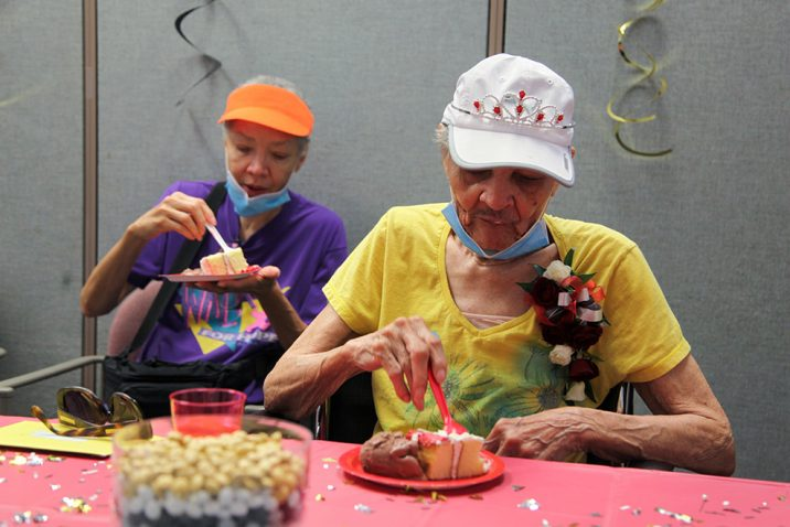 women eating cake