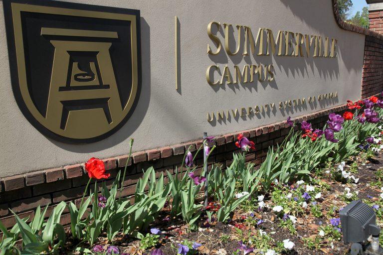 Summerville sign
