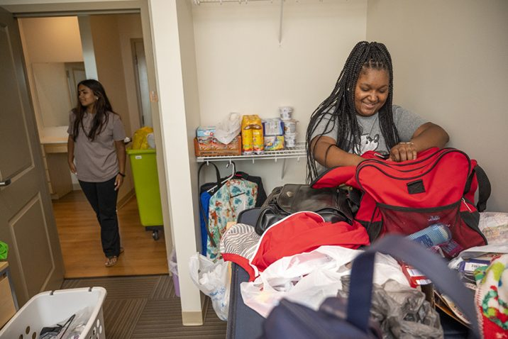 Student move-in